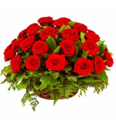 Траурная корзина №11 из живых цветов  «32 красные розы»