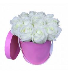 Букет из 11 белых роз в коробке  «Мэрри Попинс »