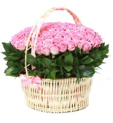 Букет из 49 розовых роз  «Букет из 49 розовых роз в корзине. Прекрасное мгновение »