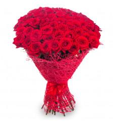 Букет из 71 красной розы  «Бархатное наслаждение »