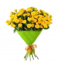 Букет  из 11 кустовых роз «Капелька света»