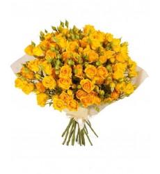 Букет  из 11 кустовых роз «Озорной лучик »
