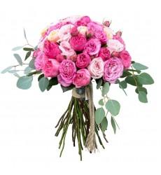 Букет из 45 пионовидных роз  «Нежный румянец»