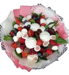 «Букет из ягод, зефира и маршлеллоу»