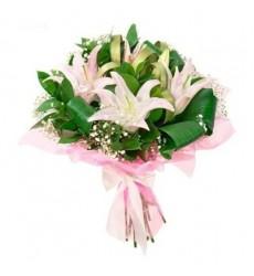Букет из 3 розовых лилий «Генриетта»