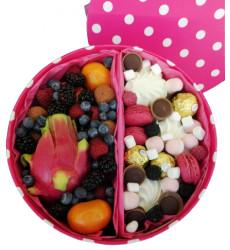 «Коробка ягод, зефира и сладостей»