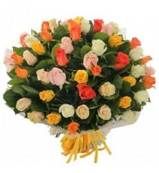 Букет из 51 разноцветной розы «Счастливая звезда»