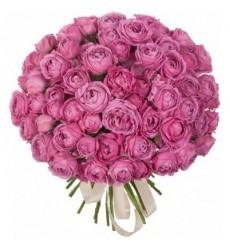 Букет из 51 кустовой пионовидной розы «Amore Mio»