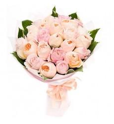 Букет из 25 нежных пионовидных роз «Персиковый джем»