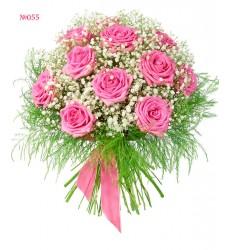 Букет из 11 роз Аква, гипсофилы и зелени «Парнасская роза»