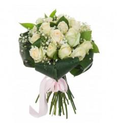 Букет из 19 белых роз  «Беспечный ангел»