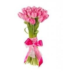 Букет из 25 розовых тюльпанов «Романтическое свидание»