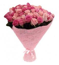 Букет из 101 розовой розы «Сияние романтики»