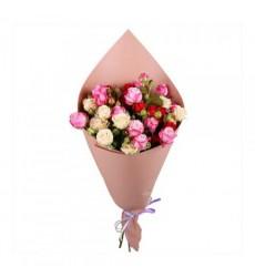 Букет из 5 кустовых роз «Вальс»