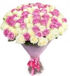 Букет из 101 белой розы Аваланж и розовой розы Аква  «Жемчужина Адриатики»