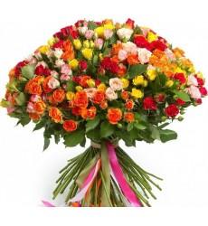 Букет из 101 кустовой розы «Счастливое мгновение»