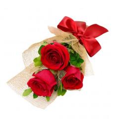Букет из 3 красных роз с крупными бутонами «Три желания»