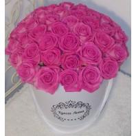 Цветы в коробке с 51 розовой розой «Ангельские ритмы»