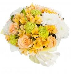 Букет из 5 альстромерий, 5 роз и 5 гвоздик  «Весенний полдень»