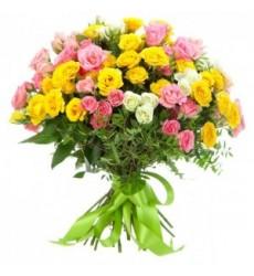 Букет  из 11 кустовых роз «Цветочный пудинг»