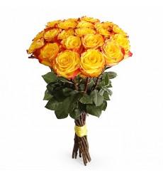 Букет из 21 красно-желтой эквадорской розы «Несгораемая страсть»