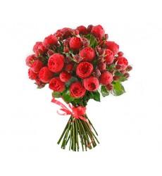 Букет из 29 пионовидных роз Ред Пиано «Ромео и Джульетта»