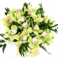 Букет из 17 орхидей «Гамма чувств»