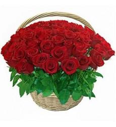Корзина цветов с 51 красной розой «Фрау Роза»
