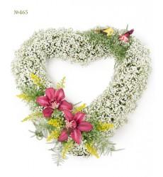 Цветочная композиция из гипсофилы, 2 орхидей и зелени «Небесное сердце»