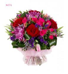 Букет из роз, тюльпанов, хризантем и альстромерий «Лунная дорога»