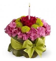 Цветочная композиция из 4 роз, гортензий и хризантем «Вдохновение Рубенса»