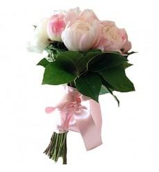 Букет невесты из 11 нежно-розовых пионов «Обручальное кольцо»