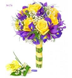 Букет невесты из 9 ирисов, 7 роз и гипсофил «Дуэт судеб»