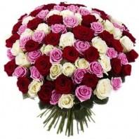 Букет из 101 разноцветной розы «Розовые причуды»