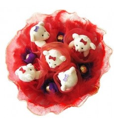 Букет из 5 белых медвежат и 4 конфет Ferrero Rocher «Конфетный друг»