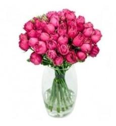 Букет из 21 кустовой пионовидной розы «Пурпурный поцелуй»