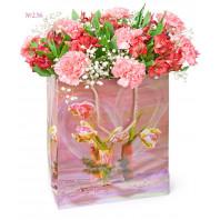 Подарочный пакет с 5 альстромериями, 8 гвоздиками и зеленью «Розовый перламутр»