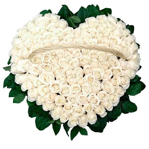 Траурная корзина №21 из живых цветов «100 белых роз»