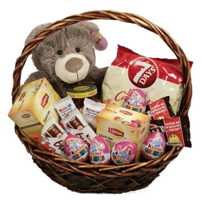 Подарочная корзина с мишкой Тедди, чаем и сладостями «Твой сладкий мишка»