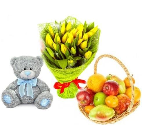 Подарочный набор мишка Тедди, букет жёлтых тюльпанов и фрукты «Калейдоскоп желаний»