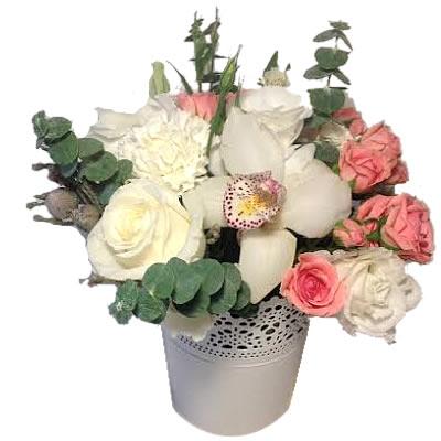 Букет  из орхидеи, розы, 2 эустом и 2 кустовых роз «День улыбок»
